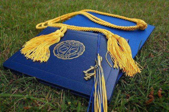 obal na diplom